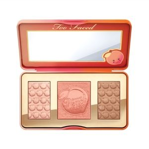 New Too Faced Sweet Peach Glow Palette